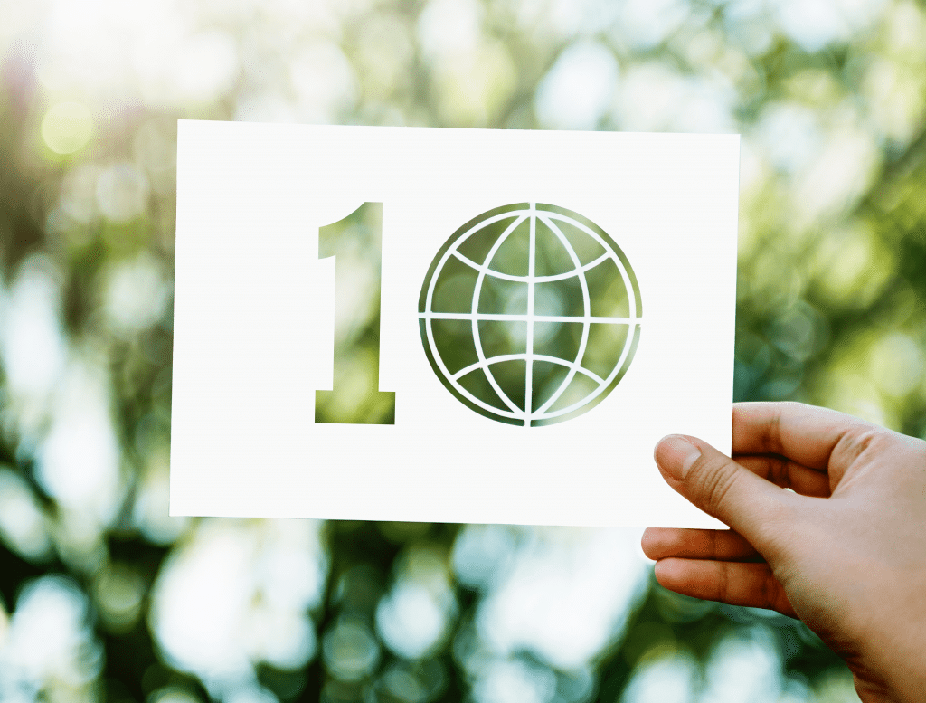 What are the 10 clauses of ISO 14001 Environmental Management?